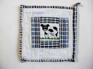 rinimaakt rini maakt borduren pannenlap koe
