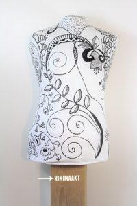 rinimaakt Rini maakt paspop torso doodle droedelen