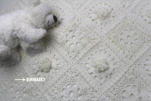 rinimaakt Rini maakt haken deken