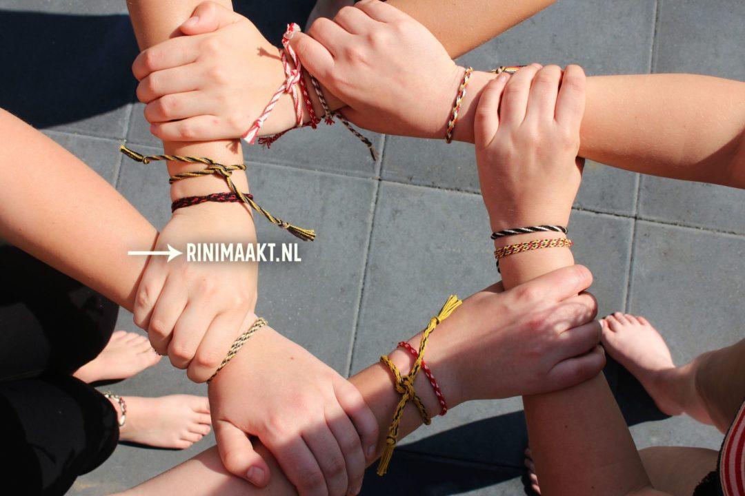 Kumihimo vriendschaps bandjes